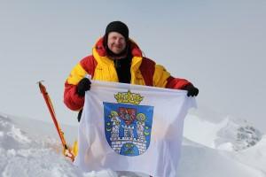 Na szczycie Masywu Vinsona, 26.12.2012 Pn, fot. Joe Brus